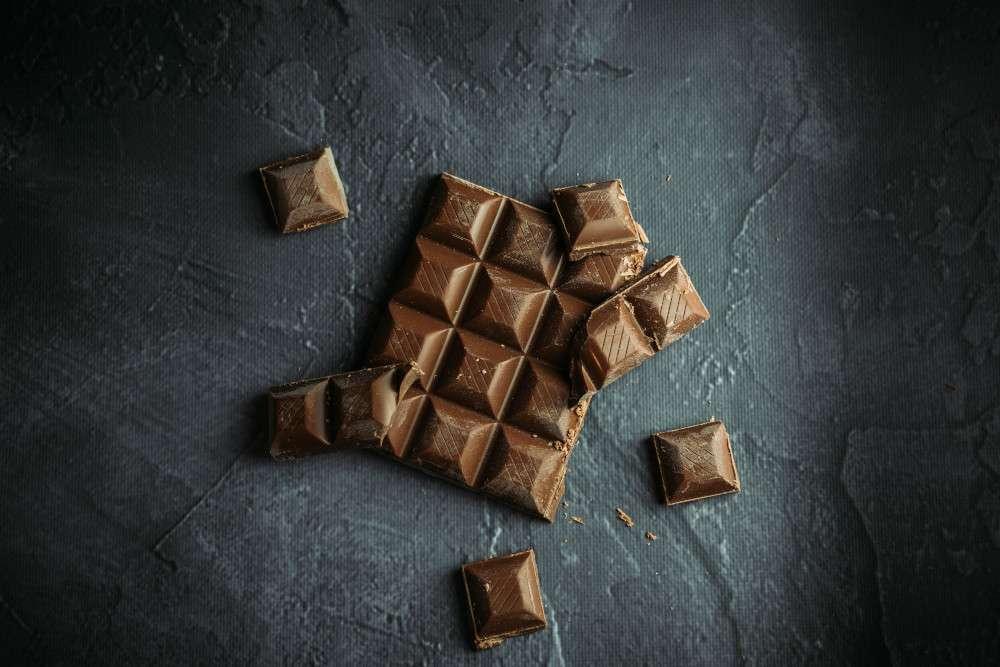 Miten raakasuklaa eroaa tavallisesta suklaasta?